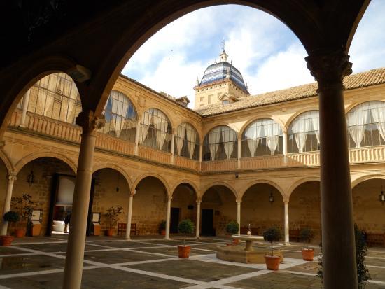 Hospital de Santiago: Con encanto