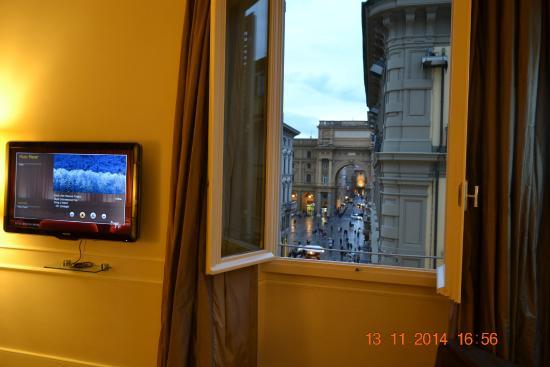 Hotel Brunelleschi: Vista do quarto