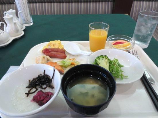 Chofu Urban Hotel: 朝食