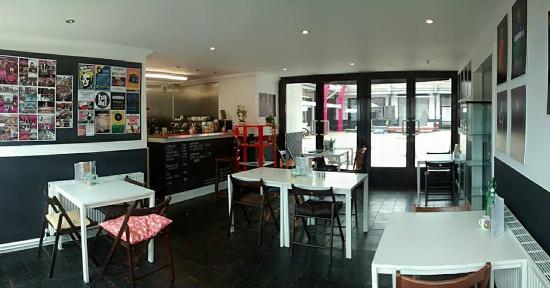 Baad Cafe