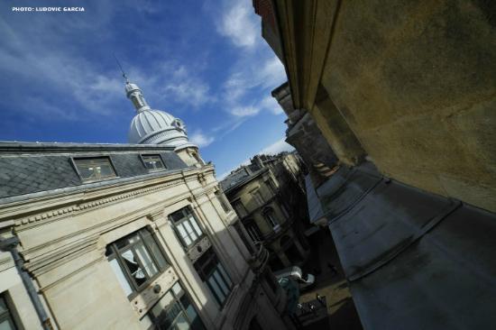 Hotel de la Presse: Vue sur le toit des Galeries Lafayette