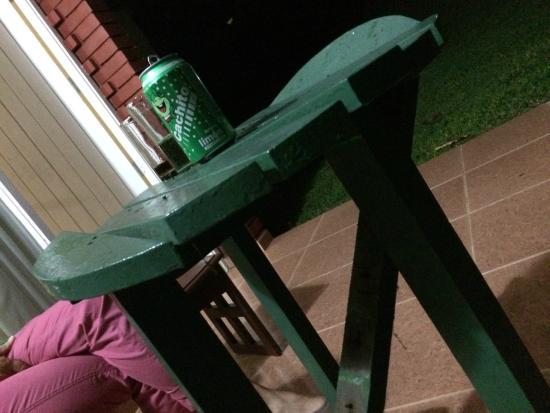 Villa Horizontes Soroa: Tischchen auf der Terrasse, entspricht dem Standard im Zimmer