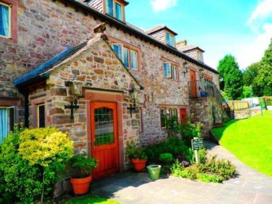 Photo of The George Inn & Millingbrook Lodge Aylburton