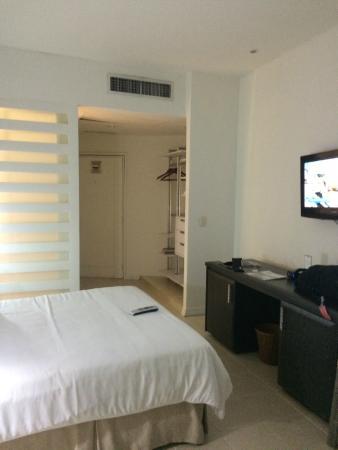 Country International Hotel: habitacion