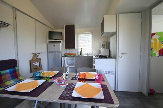 Camping Le Moteno : mobil home