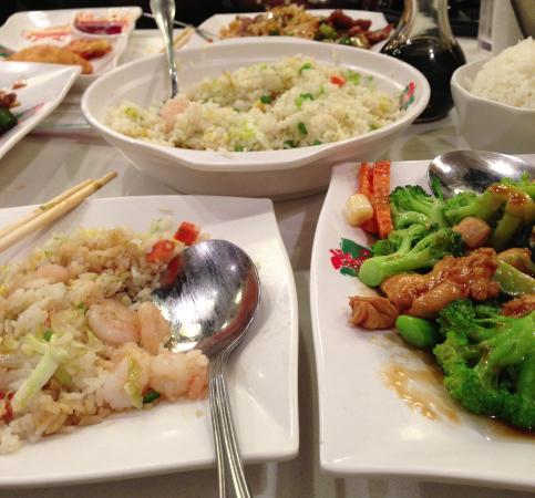 Ken Kee Restaurant : Fork--optional
