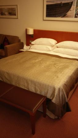 ATLANTIC Hotel Wilhelmshaven: Bett