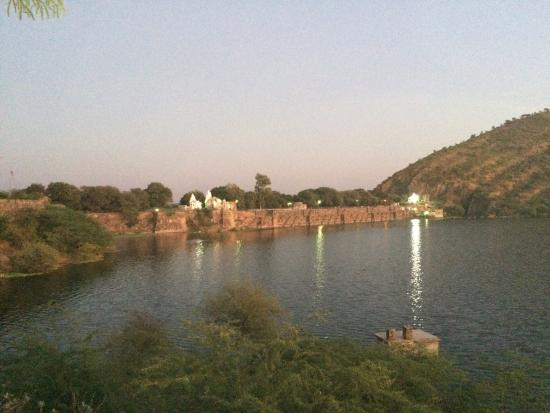 Udaipur District, Indien: Udai sagar evening
