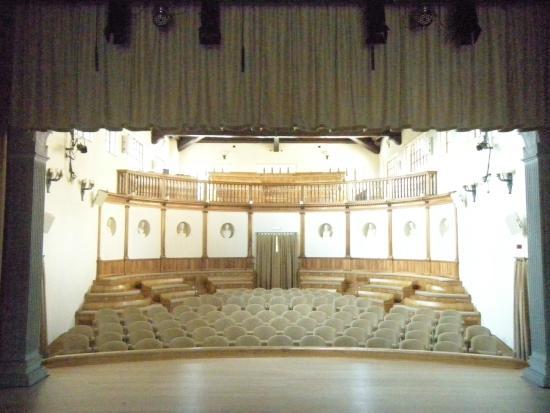 Holiday Farm Vocabolo Palazzo: Teatro