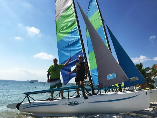 Miami Catamarans - Hobie Cat Sailing Lessons: Catmaran Key Biscayne