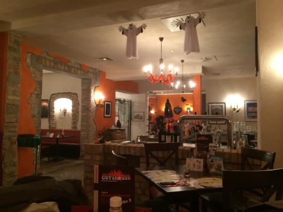 Gutshaus Am Schloss Klink: Restaurant zu Halloween