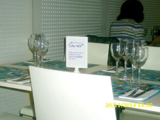 Restaurant El Groc: Buena presentación.