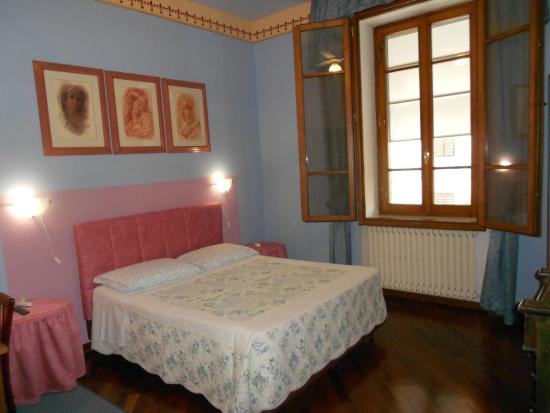B&B Tarussio: Blue Room: all sound proof insulated bedroom