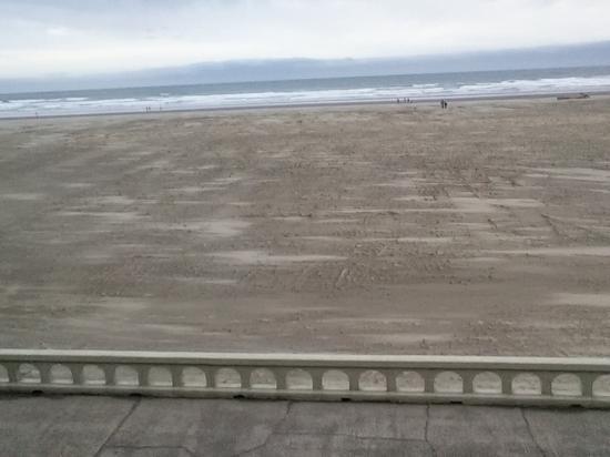 Ebb Tide Oceanfront Inn: veiw from our room