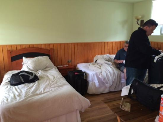 Inaki Uhi Hotel : Triple Room