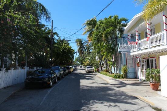 Douglas House: front of hotel on tiny street!
