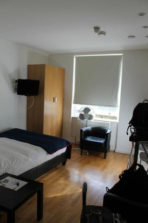 Hyde Park Executive Apartments: habitación