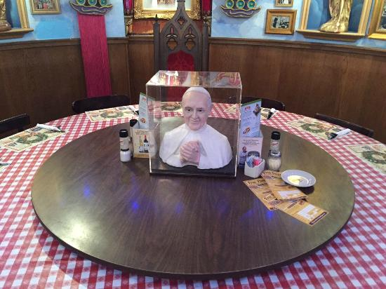 The Pope Room Picture Of Buca Di Beppo Pittsburgh