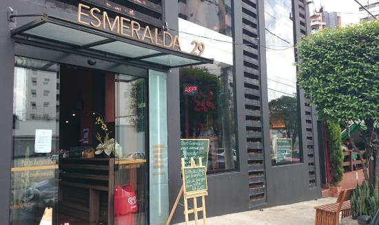 Bistro Esmeralda
