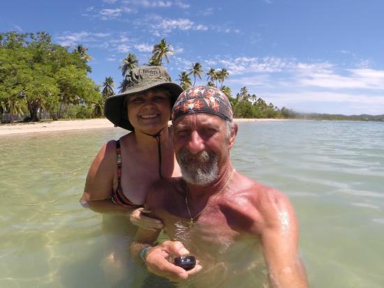 Parador Boquemar: On the beach   Bobby and Zory