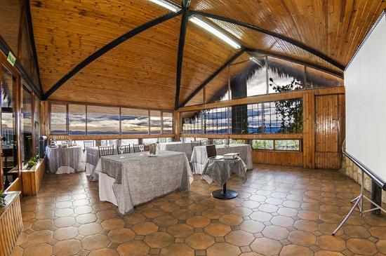 Tramonti: Salón Centro de Convenciones