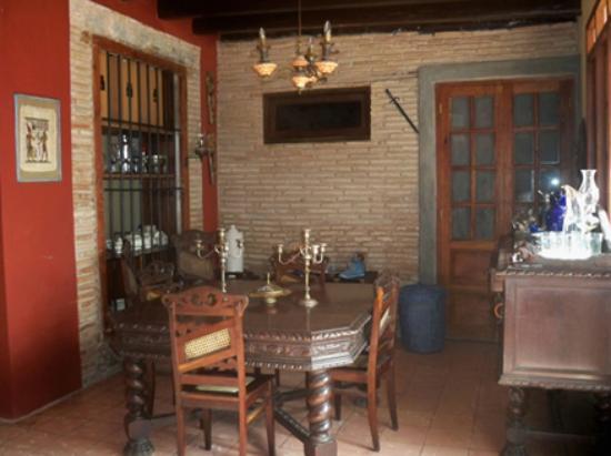 Hostal Maria y Enddy: dinning room
