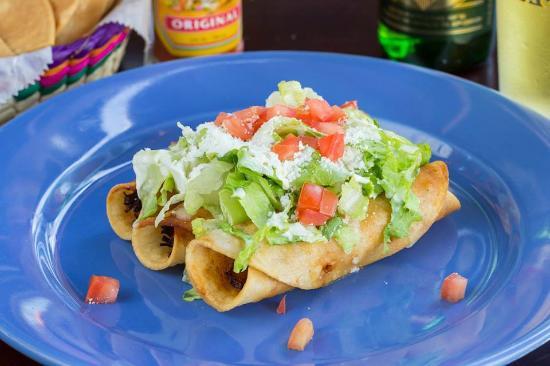 La Mexicana Cantina & Grill