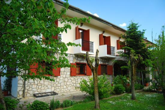 Hotel Faraggi: κτίριο