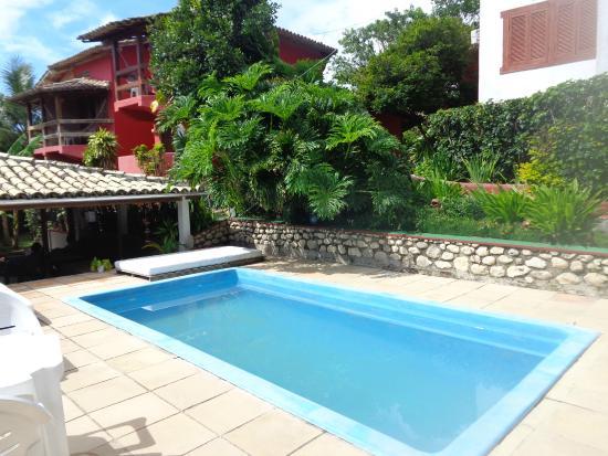 Pousada Fiori di Mare: Foto da piscina e área de recreação.