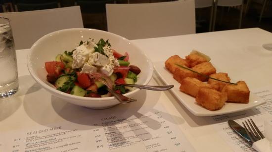Mezepoli Meze & Wine Bar: Meal
