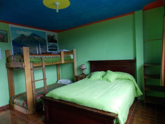 Green House Araque Inn : Habitaciones familiares.
