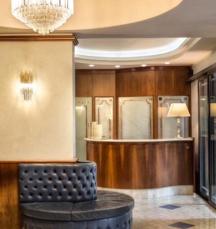Hotel Nanni : Ingresso hotel - Hall entrance