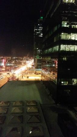 The Sutton Place Hotel Edmonton: 9th floor view