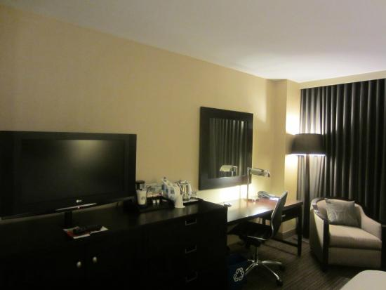 Westin Annapolis: Uninspiring decor but several nice touches