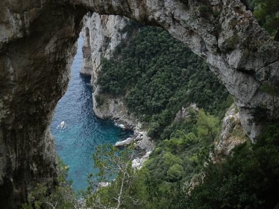 Natural Arch Picture Of Natural Arch Capri Tripadvisor
