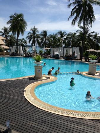 Cape Panwa Hotel: Main pool