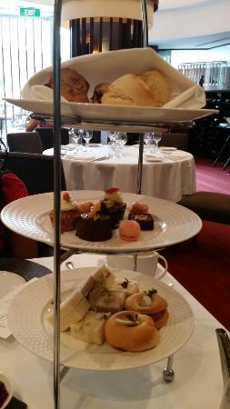 Opus Restaurant: Oput Restaurant High Tea