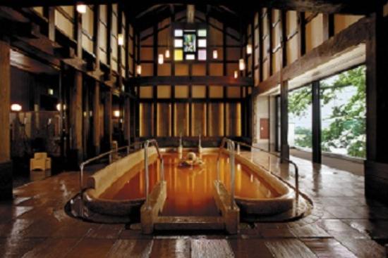 Juhachiro: 2階大浴場蔵の湯