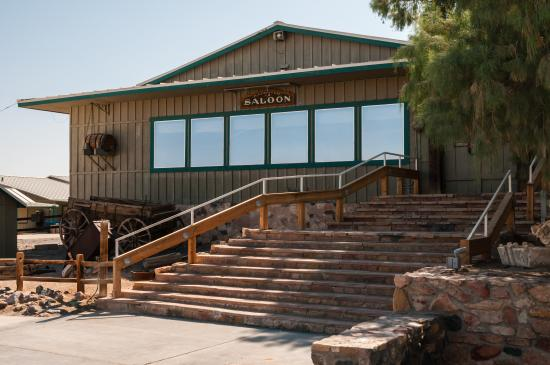 Toll Road Restaurant: Badwater Saloon at Stovepipe Wells