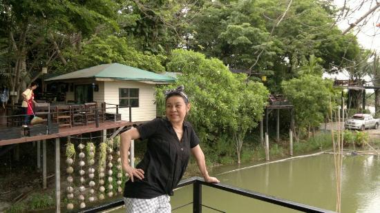 Baan Suan Mae La Ka Rong: ความลงตัวของธรรมชาติ และการสร้างร้านสวยครับ