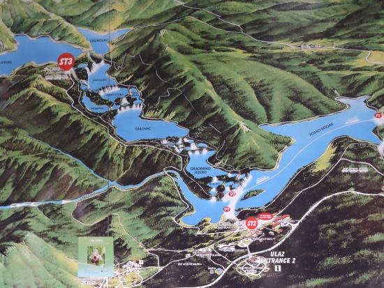 Hotel Jezero: Sign showing the Plitvice Lakes system