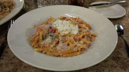 The Cheesecake Factory: 4 Cheese Pasta - almost 1 cheese too many