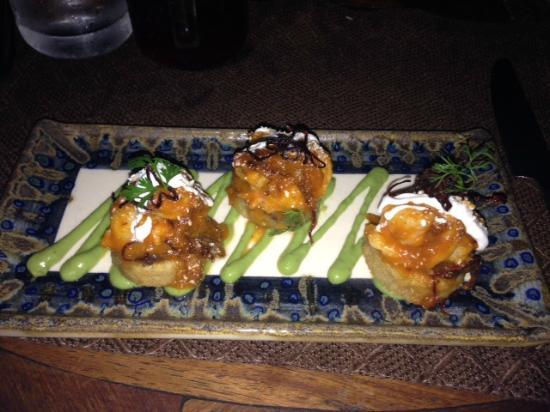 Agave Azul at Rosewood Mayakoba: shrimp appetizer - perfect amount