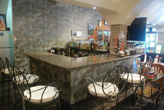 Wine Cellar Pattaya: Inside bar