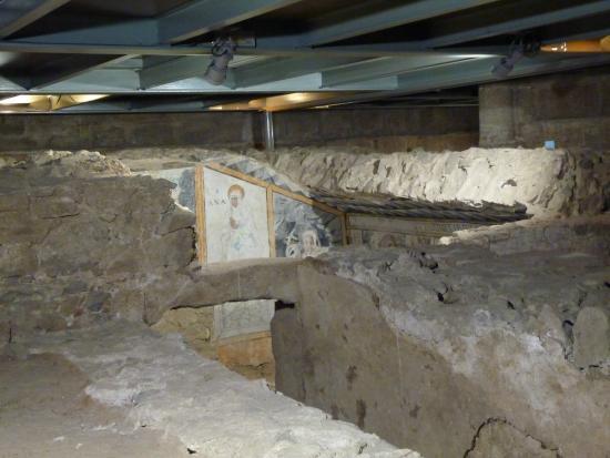 Basílica de Santa Eulalia: Detalle Excavaciones