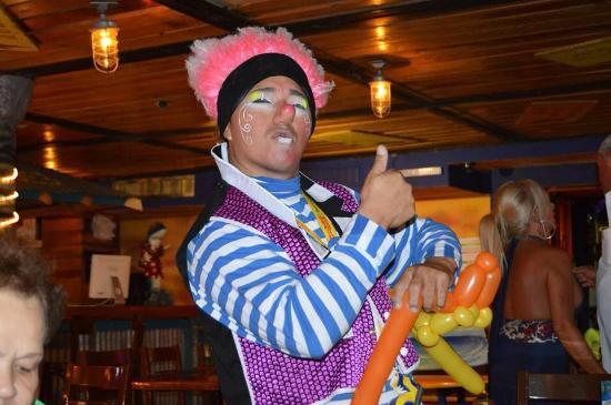 Margaritaville: Great Entertainer!!!