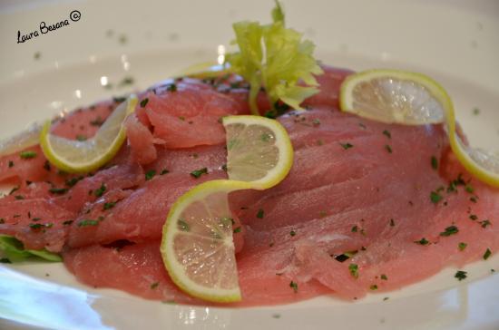 Ristorante Pizzeria Terraferma: Salmone fresco