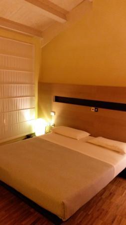 Letto Matrimoniale A Udine.Letto Matrimoniale Picture Of Hotel Allegria Udine Tripadvisor