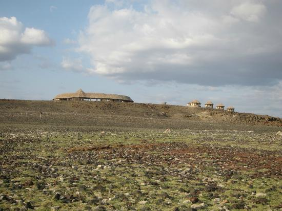 Desert Museum: View of museum from the lake shore, with new huts visible to the right