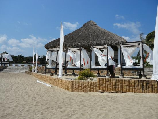 La Isla Huatulco & Beach Club: Club De Playa - Latitud 15